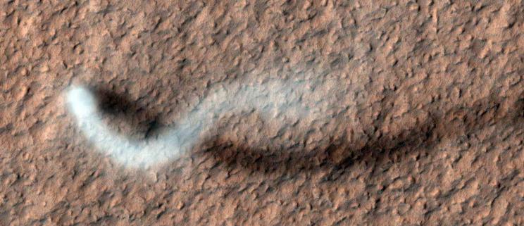Η NASA είναι 15 χρόνια σε τροχιά γύρω από τον Άρη. Το γιορτάζει δημοσιεύοντας εκπληκτικές φωτογραφίες.