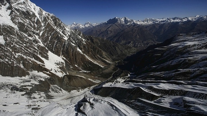 Ανακαλύφθηκαν μικροπλαστικά ακόμη και κοντά στην κορυφή του Έβερεστ