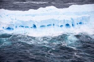 A68: Λιώνει το (πρώην) μεγαλύτερο παγόβουνο στον κόσμο (χάρτης)