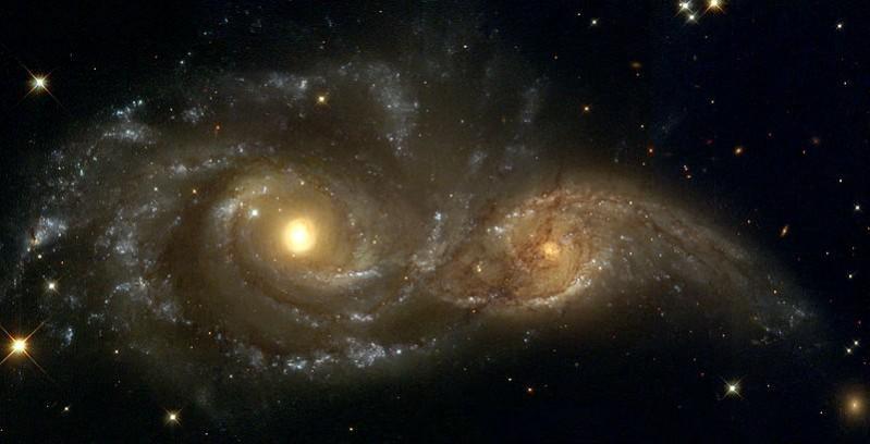 Η συγκλονιστική στιγμή της βίαιης σύγκρουσης δύο γαλαξιών (video)